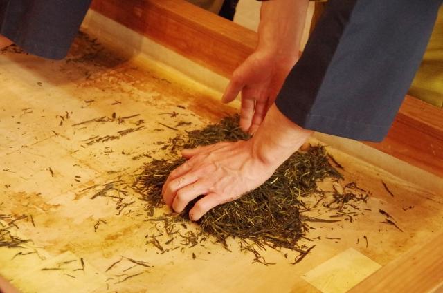焙炉式(ほいろしき)で作られた玉露は何が違う?